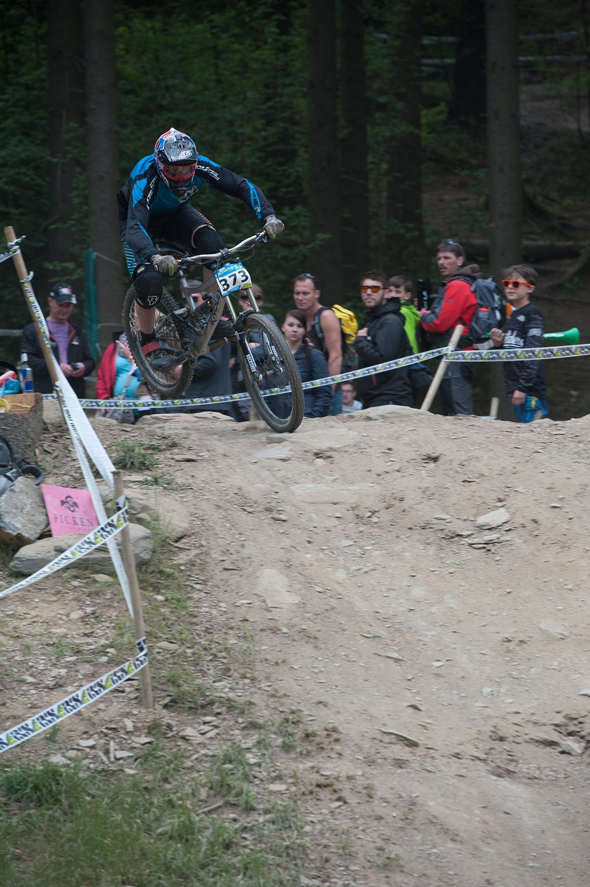IXS Downhill cup