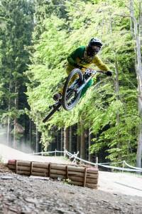 IXS Downhill 4