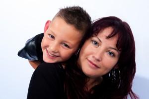 Portret van moeder met zoon.